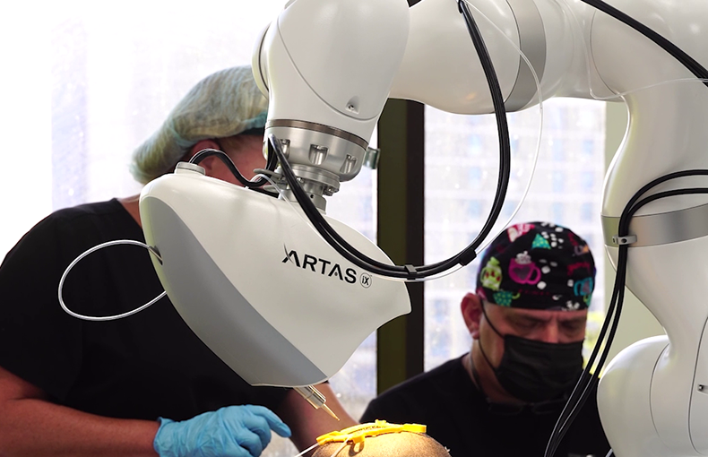 what is robotic hair restoration